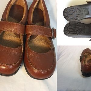 Boc Mary Janes 7.5  Shoes  Buckle Strap Flats